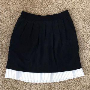 BCBG black and white silk skirt size XS.